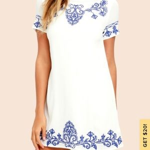 TALE TO TELL BLUE & IVORY EMBROIDERED SHIFT DRESS